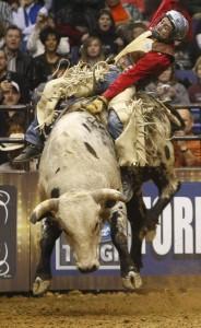pbr-bull-riding-in-st-louis