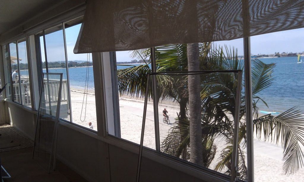 Beach salon